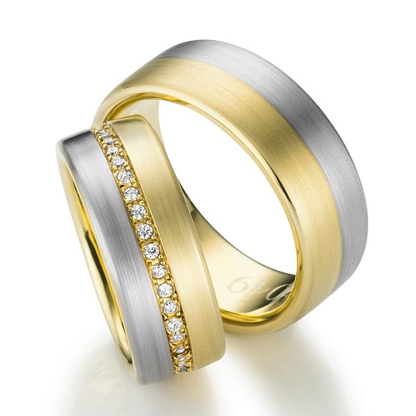 Jewelry photography - wedding rings, shot for a catalogue